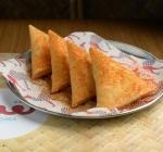 Logma Khaleeji Emirati Cuisine Food Dubai Chicken Samboosa