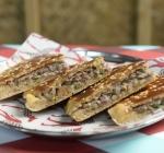 Logma Khaleeji Emirati Cuisine Food Dubai Arayes Bites